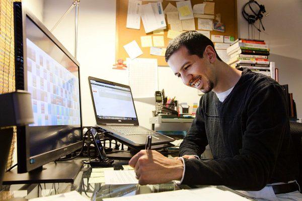 danny-desk-1200x-